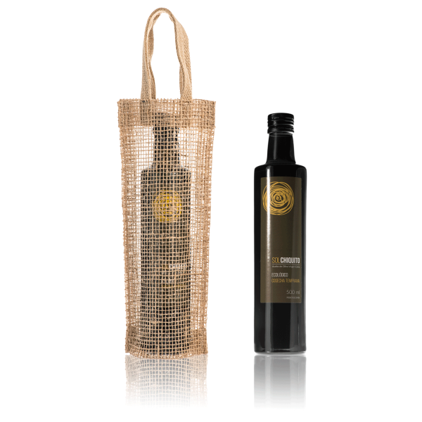 Early harvest Sol Chiquito ecological picual extra virgin olive oil 500 ml and jute bag