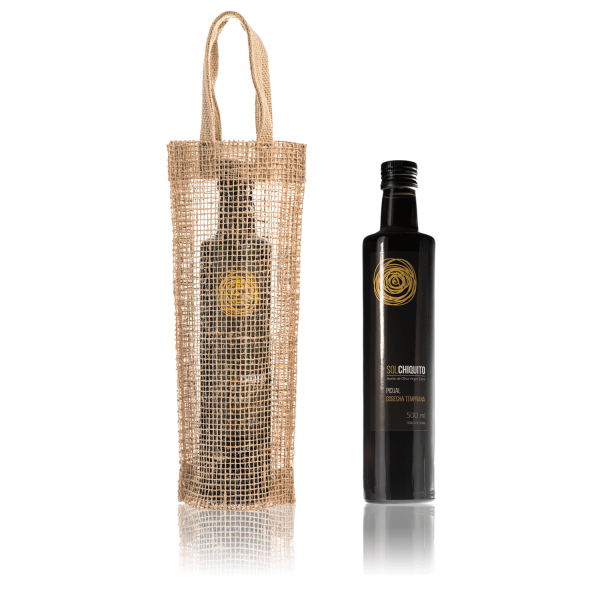 Early harvest Sol Chiquito picual extra virgin olive oil 500 ml and jute bag