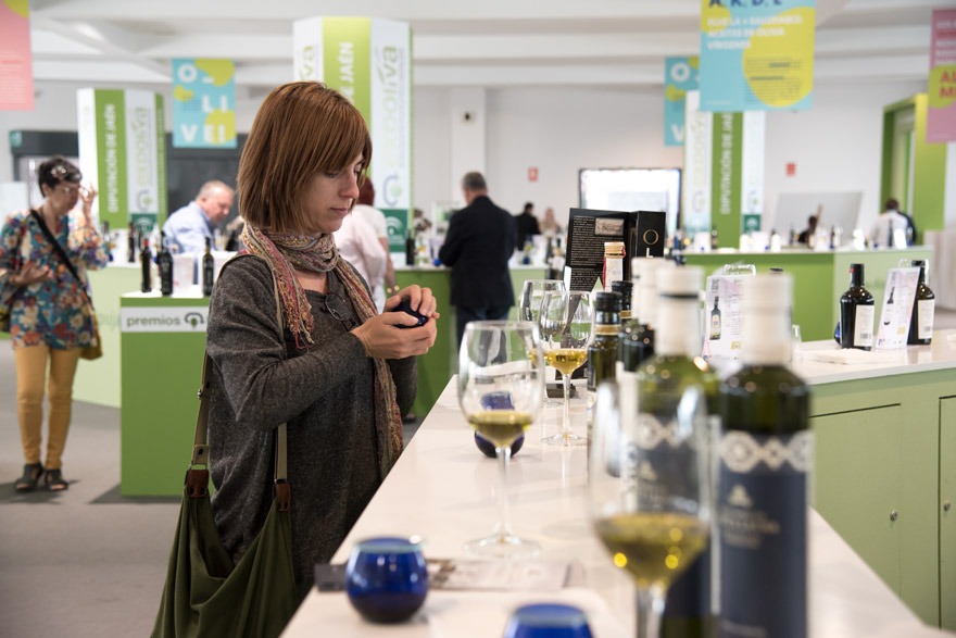 Extra virgin olive oil tasting at EXPOliva 2019